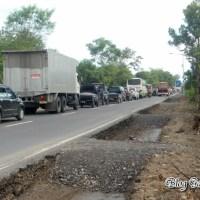 Berita : Jalan Raya Sragen-Ngawi diperlebar