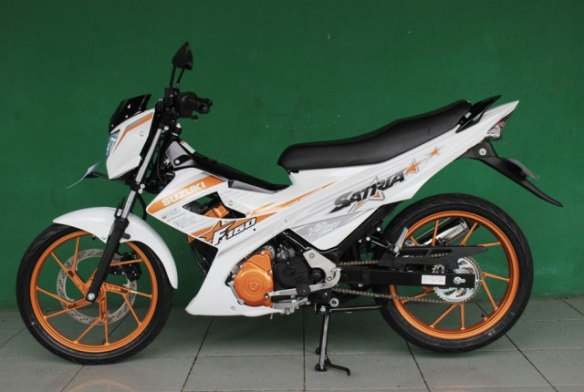 satria-white-fighter-5
